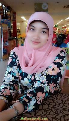 Hijabers Kumpulan Mahasiswi Jilbab Berwajah Cantik