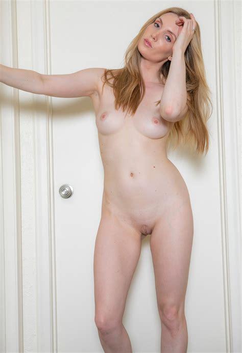 Nude Women Frontal