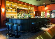 cuisine style bar l officine un bar 224 cocktails de haut vol 224 dimension
