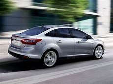 ford focus stufenheck 2013 ford focus price photos reviews features