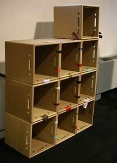 creare con le cassette della frutta riciclo creativo come costruire una libreria in cartone