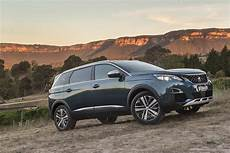2019 peugeot 5008 suv review