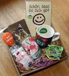 ausgefallene geschenke für frauen 80 geburtstagsgeschenk geschenkkorb geschenke ideen 80er