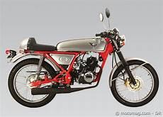 Moto Chinoise Skyteam 125 Ace Une Honda
