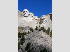 mt rushmore hours of operation