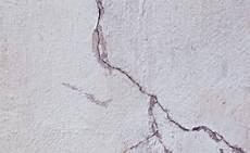 Quelles R 233 Parations Pour Les Fissures Sur Mur Ext 233 Rieur