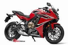 honda cbr 650 f 2017 honda cbr650f sportsbike updated bike review