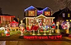 Weihnachtlich Dekorieren Aussen - way 2 enliven best door decorating ideas for this