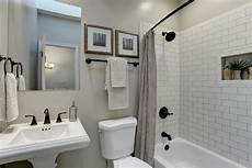 Badezimmer Renovieren Tipps - budget bathroom remodel tips to reduce costs bathroom