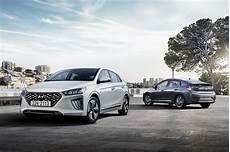 2020 Hyundai Ioniq Look At Refreshed Interior New