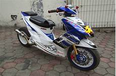 Modifikasi Mio by Gambar Modifikasi Yamaha Mio Soul Racig Look Yzf R1