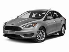 2017 Ford Focus Sedan 4D SE I4 Pictures  NADAguides