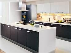 cuisine noir et blanc noir et blanc habillent la cuisine d 233 coration