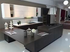 cucine con isola centrale prezzi cucine con isola centrale prezzi top cucina leroy merlin