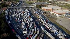 maut italien 2015 italien reduziert autobahnmaut f 252 r pendler autorevue at