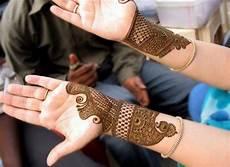 30 Gambar Henna Di Lengan Tangan