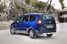 2017 Dacia Lodgy Stepway Rear Three Quarter Introduced