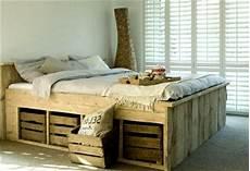 Do It Yourself Möbel Ideen - bett aus paletten 32 coole designs