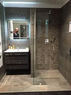 ebenerdige dusche und pin riham hammad auf toilets dusche selber bauen