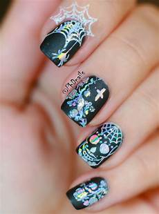 phd nails gothic nail art with zoya domiva and