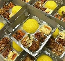 Paket Nasi Kuning Box Malang Beserta Pilihan Ragam Menu