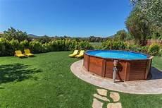 prix piscine creusée piscine semi enterr 233 e une alternative tendance mais 224