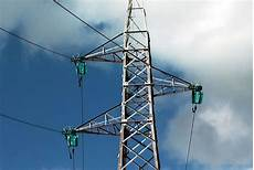 traliccio antenna antenna 3 187 allarme confartigianato la cessione della