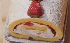 dolci crema pasticcera di benedetta rossi la ricetta del rotolo alle fragole di benedetta rossi fatto in casa per voi ultime notizie flash