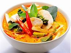Rotes Thai Curry Mit Rind Und Thai Auberginen