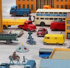 modellautos 220 ber 10 000 f 252 r ein auto aus plastik