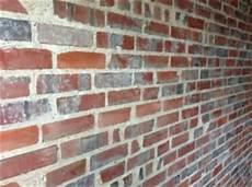 alte ziegelmauer sanieren backsteinwand putzresten befreien s 228 ubern