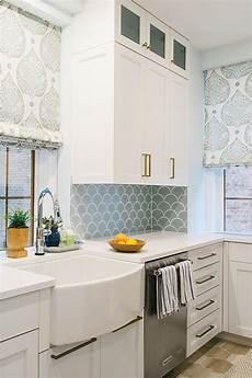 Blue Tile Backsplash Kitchen Blue Kitchen Backsplash Tiles With White Cabinets