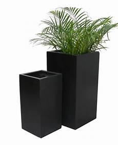 grand cache pot cubique polystone noir 65 99