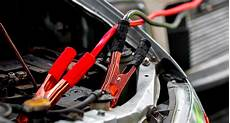 Autobatterie Leer Was Tun Wenn Das Auto Nicht Abspringt