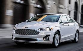 2019 Ford Fusion Energi Gets 20% More Electric Range