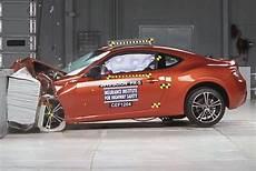 toyota subaru scion lightweight sports car toyota gt86
