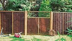 Natürlicher Sichtschutz Im Garten - die besten 25 sichtschutz weide ideen auf