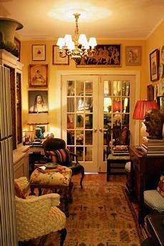 quot miniature country house quot look in a 700 square foot apt