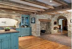 cucina rustica con camino cucine in muratura rustiche idee per la casa in cagna