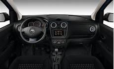 Dacia Lodgy Stepway 2015