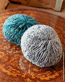 runde kissen zwei runde kissen woolplace