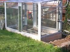 gewächshaus selber bauen alte fenster gew 228 chshaus neubau bauanleitung zum selber bauen