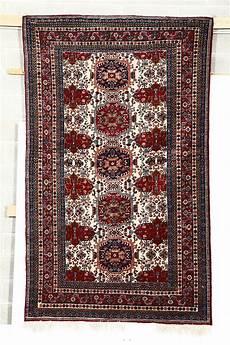valore tappeto persiano tappeto persiano xx secolo arredi cambi casa d aste