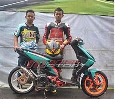 Beat Lama Modif by Modifikasi Honda Beat 130 Cc Matik Matic Race Mirip Korek