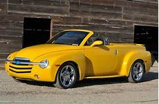 auto air conditioning service 2005 chevrolet ssr interior lighting sell used 2005 chevrolet ssr convertible 2 door 6 0l in fresno california united states