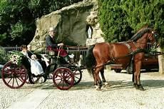 carrozza con cavalli carrozza con cavalli ristorante molera 249 alla carta