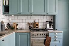 une cuisine bleue confortable home staging d 233 co design