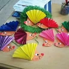 Herbst Basteln Kinder - igel basteln igel gestalten igel mit papier igel falten