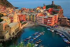 porto piu grande d italia 10 citt 224 sul mare tra le pi 249 d italia chizzocute