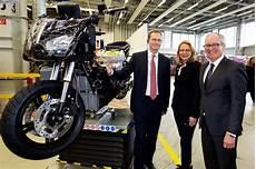 bmw werk berlin millionen investitionen f 252 r motorrad werk